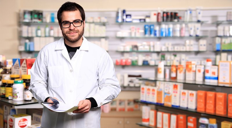 How to compare online care and pharmacies according to customer reviews