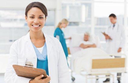 Lääketieteellinen klinikka kuulemiseen ja online-reseptin