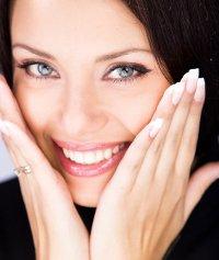 Skönhetsprodukter för din kropp och ansikte för att ta hand om din hud