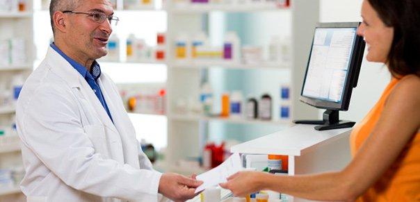 Le role du pharmacien est de conseiller en plus du médecin ses patients